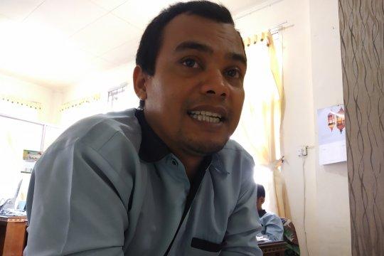 Baznas Tanah Datar salurkan paket Lebaran ke 1.500 warga miskin
