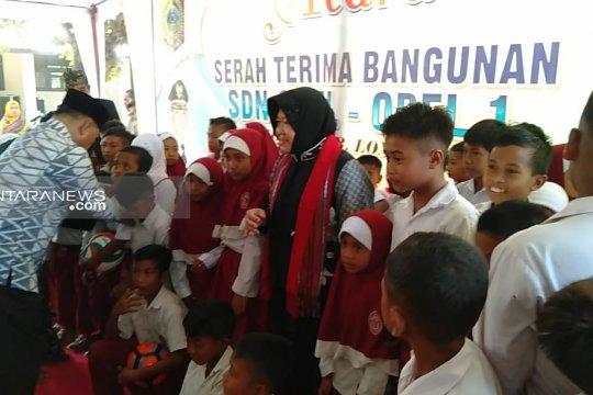 Wali Kota Risma resmikan gedung SDN Obel-Obel l di Lombok Timur