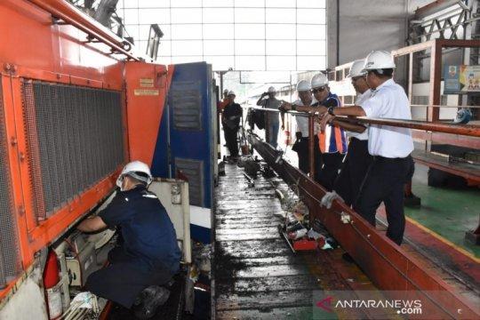 Kesiapan lokomotif untuk angkutan Lebaran di cek KAI Tanjungkarang