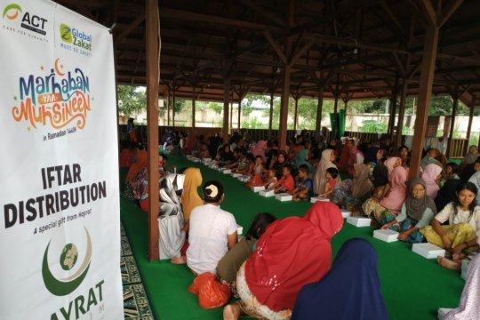 ACT-Hayrat Turki bagikan paket buka puasa di Lombok