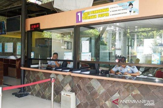 Libur lebaran, pendaftaran paspor tetap dibuka