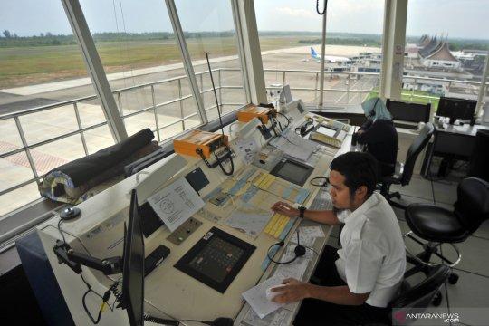 Pengaturan lalu lintas udara di bandara Minangkabau