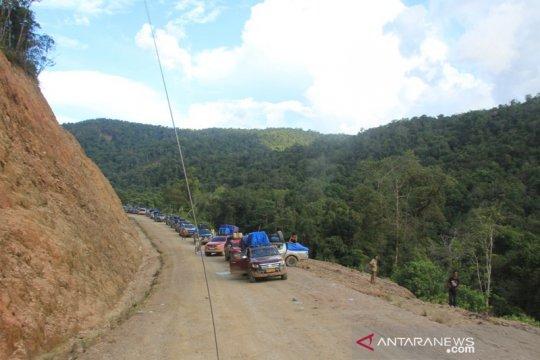 Terputusnya jalan trans-Papua tidak hambat arus mudik
