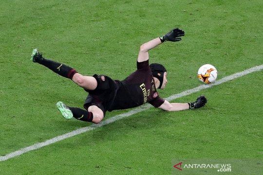 Chelsea daftarkan Petr Cech dalam skuat Liga Champions