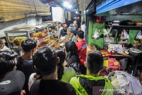 Nasi Uduk Pasar Thomas alternatif tempat sahur terjangkau di Jakarta