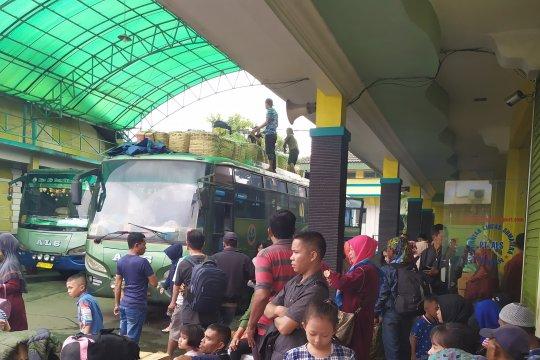 Angkutan umum diimbau utamakan keselamatan penumpang