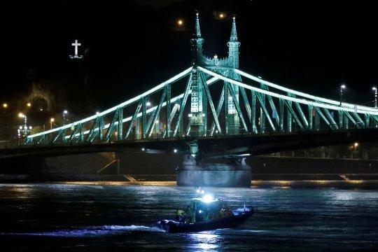Polisi Hongaria selidiki kecelakaan perahu, 21 masih hilang