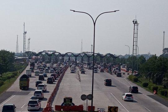 H-5 ada peningkatan jumlah kendaraan keluar Tol Cipali