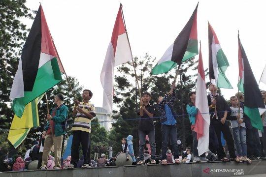 Ratusan umat muslim aksi solidaritas Palestina peringati Hari Al-Quds