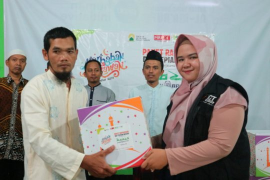 ACT DIY bagikan paket Ramadhan bagi para da'i di Bantul