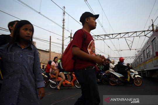 KAI: 290 pelintasan sebidang liar wilayah Daop 1 Jakarta