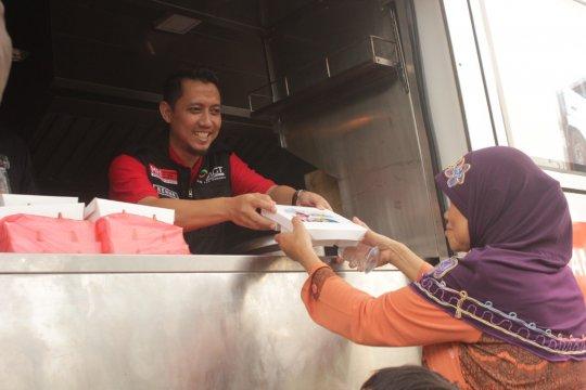 ACT bagikan 3.000 paket makanan gratis untuk warga prasejahtera