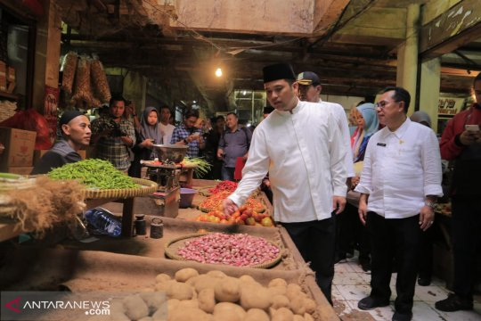 Harga daging ayam di tangerang naik jelang Idul Fitri