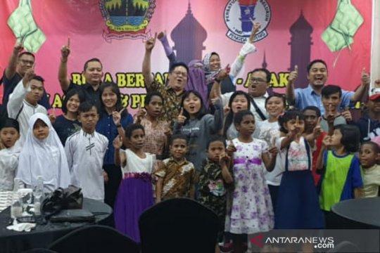 PGSI Jateng ajak anak panti asuhan muslim dan Nasrani makan bersama