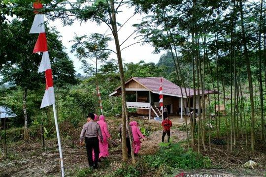 Ditempatkan petugas pos pantau jalur rawan longsor Gunung Salak Aceh