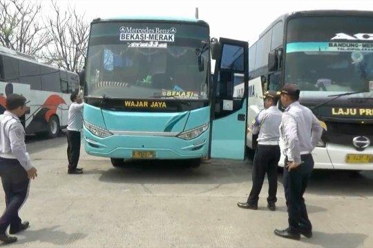 Hanya bus lolos uji ramp check beroperasi di Terminal Merak