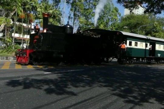 Restorasi lokomotif uap D1410, pengganti Jaladara