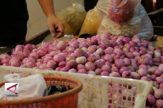 Bawang merah dan cabai jadi penyumbang inflasi di Padang