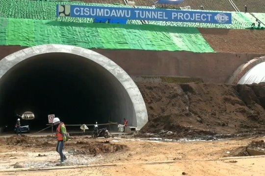 Tol Cisumdawu bisa digunakan untuk arus mudik