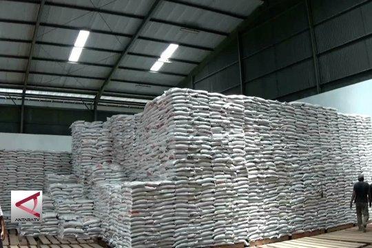 Bulog jamin stok pangan untuk enam bulan