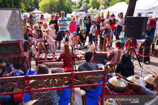 Festival Warsawa tampilkan pagelaran wayang kulit berbahasa Polandia
