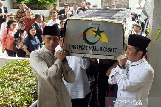 Menko Luhut beri penghormatan terakhir kepada Ani Yudhoyono