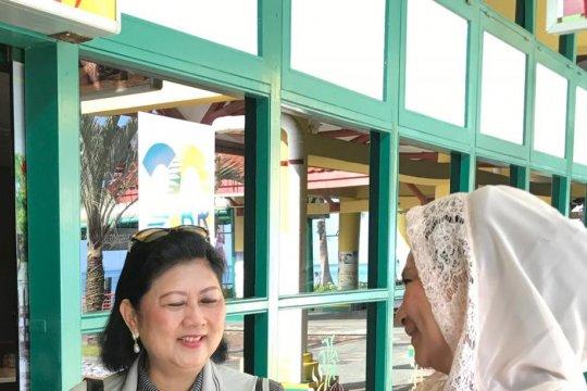 Husnizar: Ani Yudhoyono cairkan suasana lewat masakan