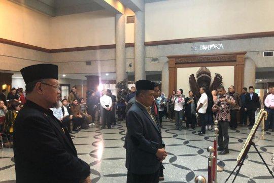 Ani Yudhoyono dekat dengan sultan dan raja se-nusantara