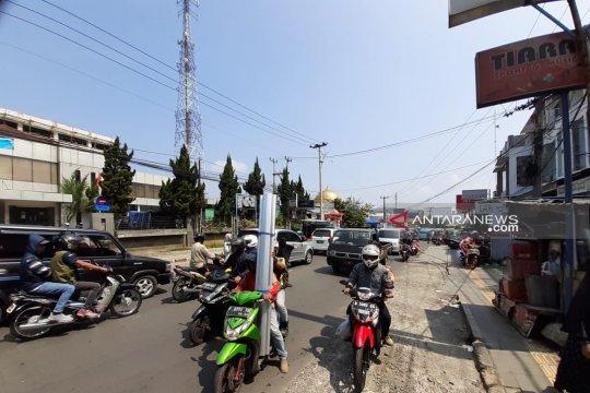 Truk pengangkut barang nonpangan dilarang melintas di jalan nasional