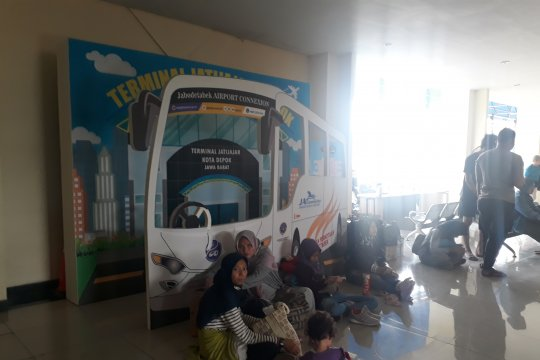 Dinkes Depok periksa kesehatan sopir bus mudik