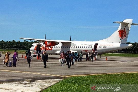 Arus mudik di Bandara Cut Nyak Dhien Nagan Raya Aceh masih sepi