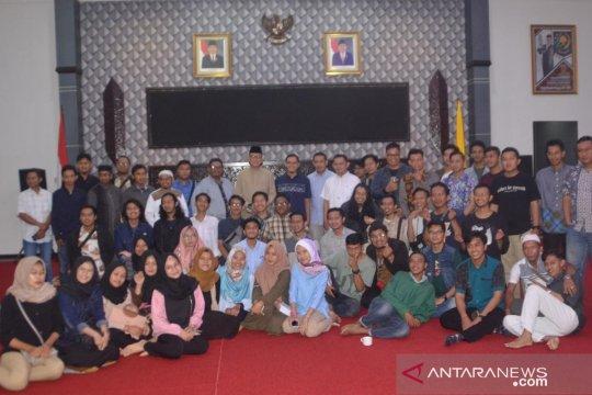 Pemkot Samarinda ajak puluhan komunitas kreatif buka puasa bersama