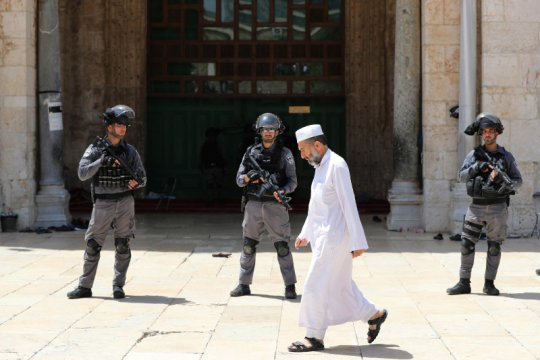 Polisi Israel lindungi Yahudi fanatik masuk ke Masjid Al-Aqsha