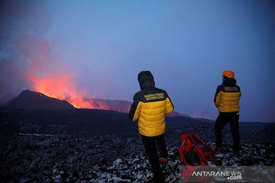 Gunung Etna meletus