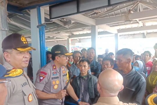 Arus mudik di Pelabuhan Tanjungkalian Babel dipantau Kapolda
