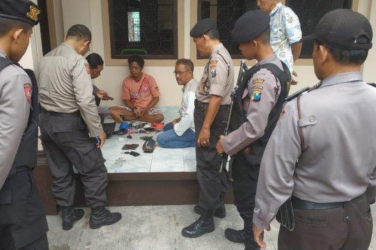 Polisi Tulungagung tangkap musafir karena bawa senjata api organik