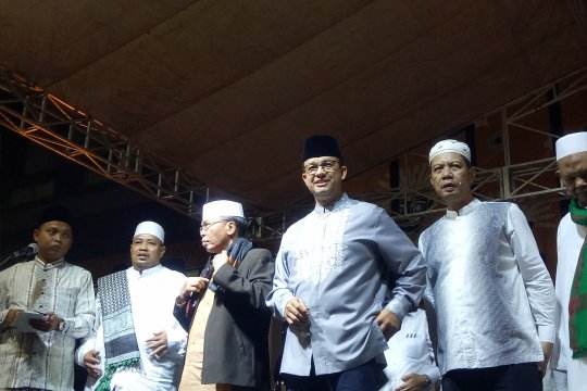 Gubernur DKI Jakarta hadiri kegiatan takbiran di Rusunawa KS Tubun
