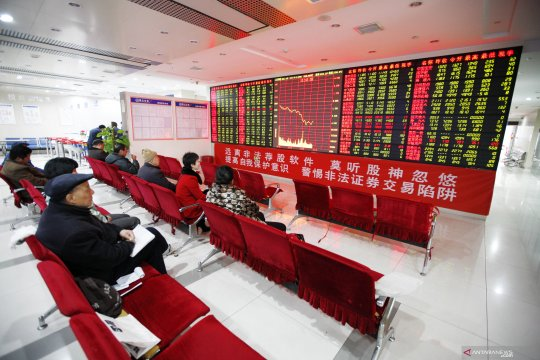 Bursa saham China dibuka naik tipis, setelah kemarin melemah
