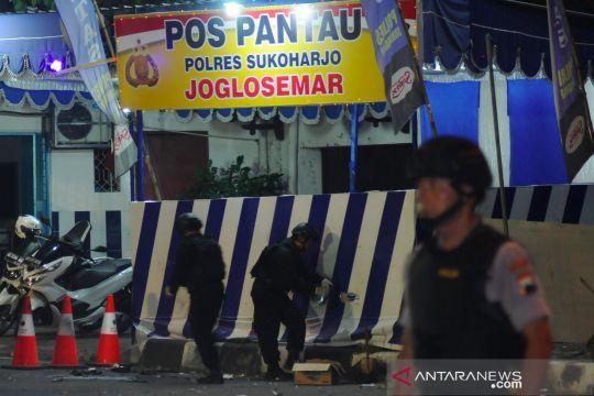 Olah TKP ledakan bom di Pospam Kartasura