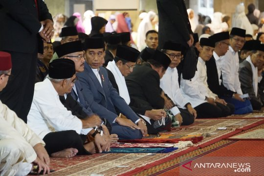 Presiden shalat Idul Fitri di Masjid Istiqlal