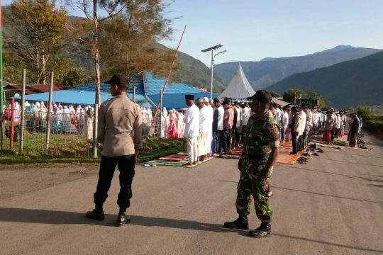 100 personel gabungan Polri/TNI amankan shalat Id di Tolikara