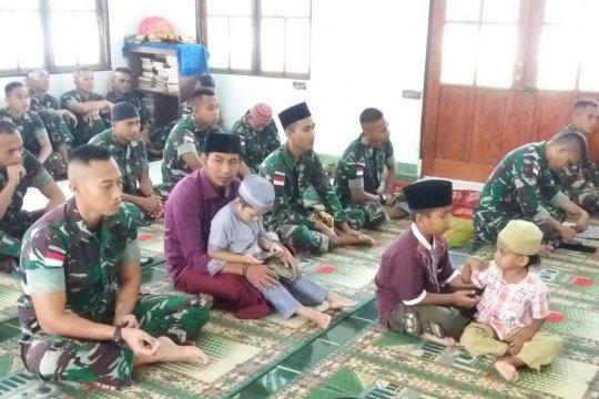 Yonif 725/WRG shalat Id bersama warga perbatasan RI-PNG