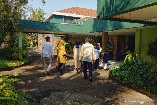 Keluarga Cendana persilakan warga untuk bersilaturahmi
