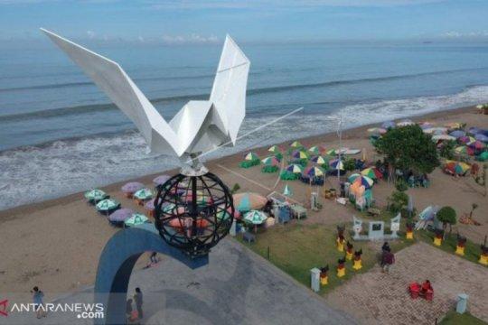 Wawako: jangan rusak citra wisata Padang dengan pungli
