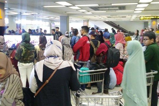 Pemudik masih berdatangan di Bandara Minangkabau