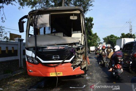 Polda Jatim: Angka kecelakaan lalu lintas menurun 66 persen