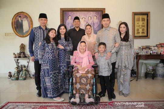 AHY dan keluarga silaturahmi ke kediaman Sinta Nuriyah Wahid