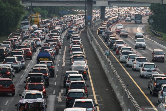 Jasa Marga tutup tempat istirahat antisipasi kepadatan lalu lintas