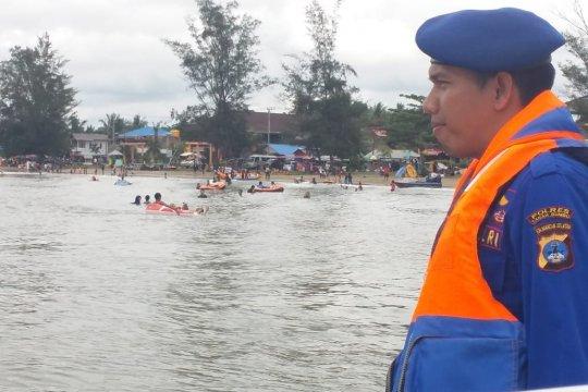 Objek wisata pantai di Tanah Bumbu ramai dikunjungi wisatawan