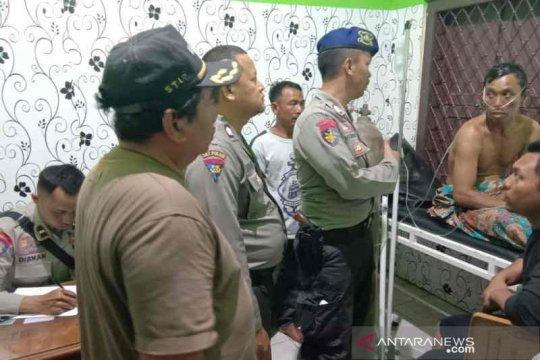 Kapal diterjang gelombang dua warga Indramayu dilaporkan hilang